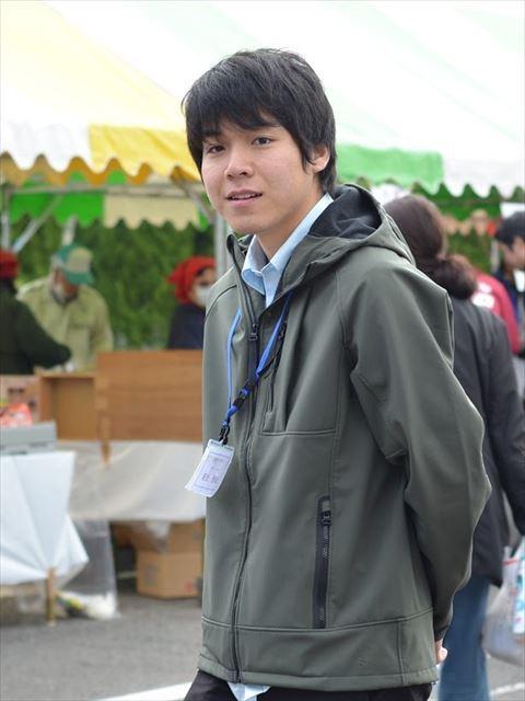 メンバー紹介017_R.JPG