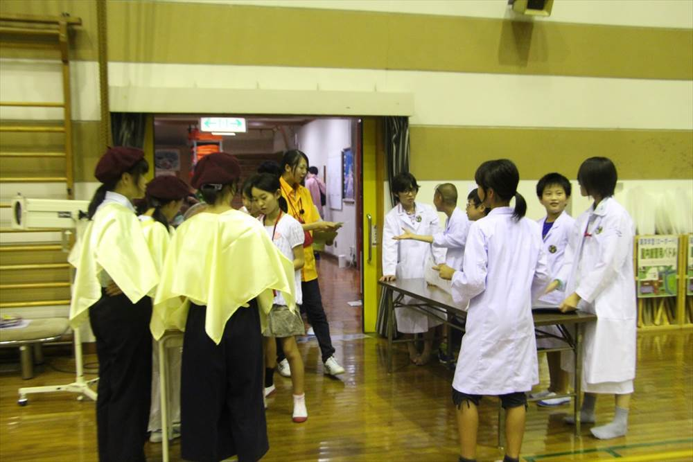 SS2016_2日目_09.演奏会・サイエンスショー_宮迫カメラ_0025_R.JPG